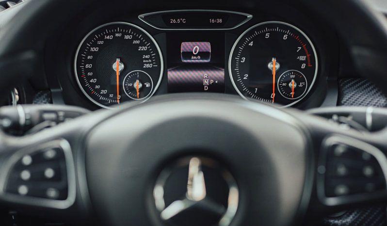 Mercedes GLA full